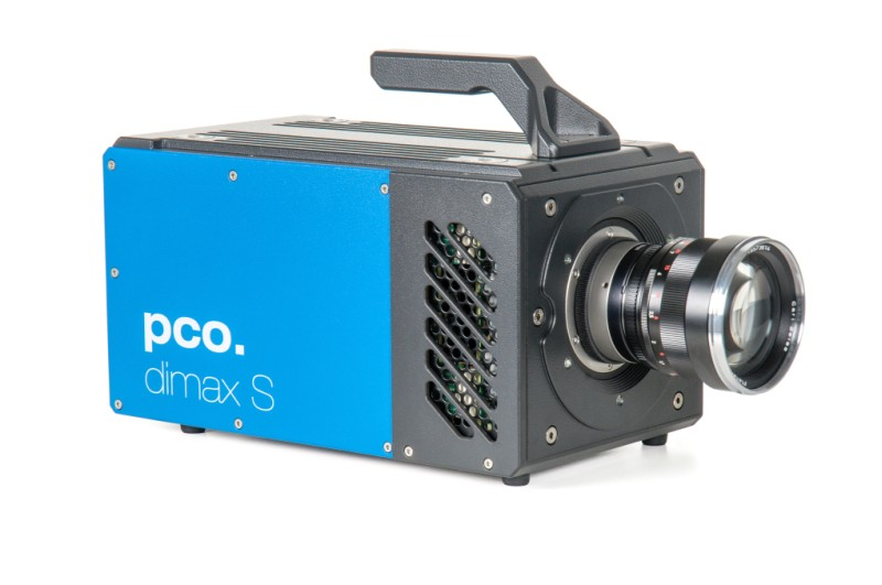 blue highspeed camera pco.dimax S, seen from the right side